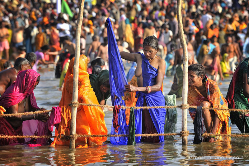 Reportage maha kumbh mela 2013 - Bagno nel gange malattie ...