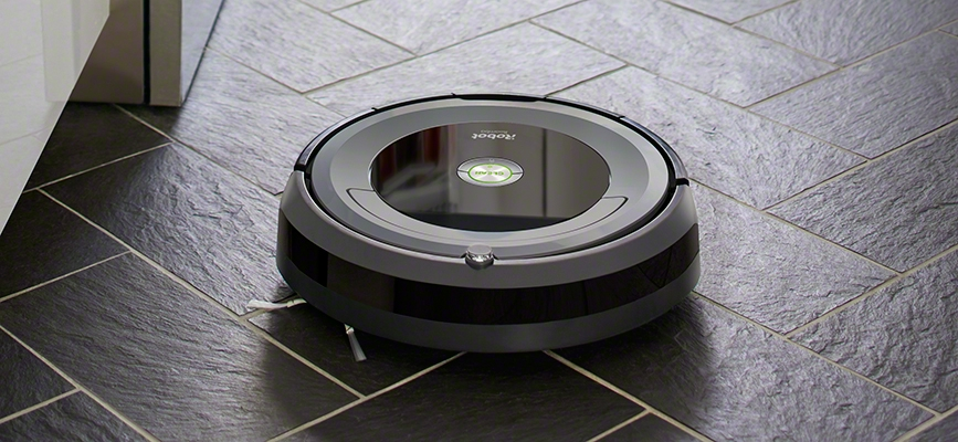 iRobot Roomba 690 on the floor